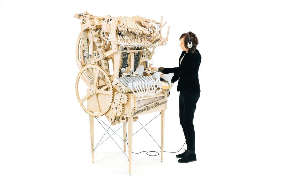 Diese Maschine macht Musik mit 2000 Murmeln | Wintergatan