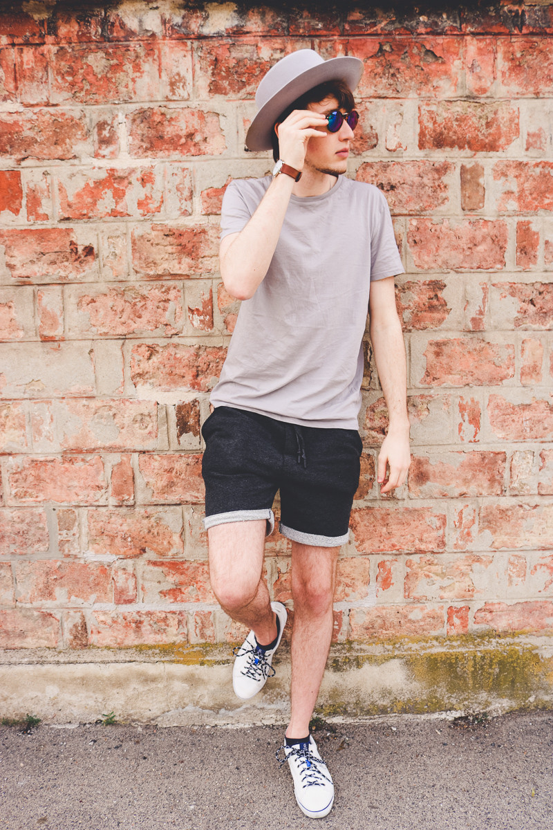 Gray 'n' Gray | Summer Outfit